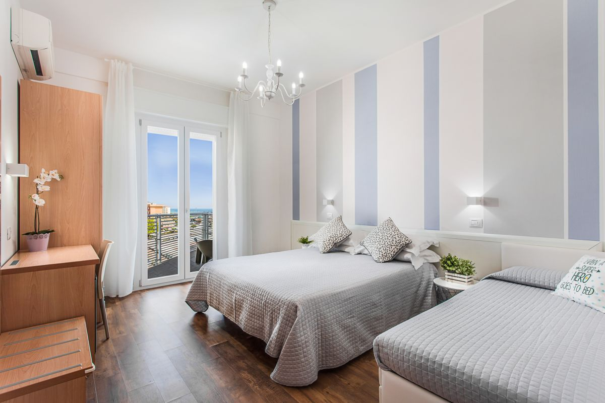 Camera Tripla Comfort con Vista Mare  -
